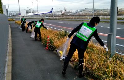 ①環境美化のための清掃活動